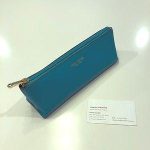 Henri bendel brush/pencil case